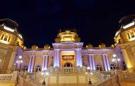 Cidades iluminadas em apoio ao Novembro Azul